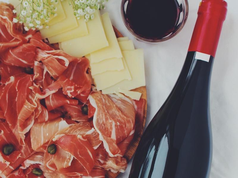 Amazon incorpora alimentos y vinos españoles